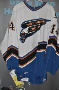 2003-04 Washington Capitals. #14 Kip Miller. Size 56. CCM White. Set 2. Washington Capitals tag sewn inside hem Meigray Tag Sewn inside.#B09188.