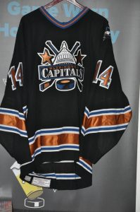 2003-04 Washington Capitals. #14 Kip Miller. Size 56. Koho Black. Set 2. Washington Capitals tag sewn inside hem Meigray Tag Sewn inside. #B09312